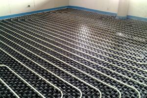 impianto a pavimento con pannelli radianti Forma di Isolconfort