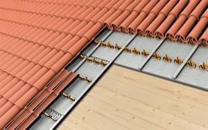 Isolamento per copertura a falda inclinata con struttura in legno